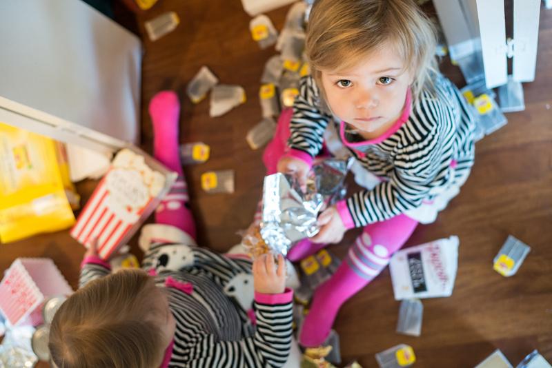 Mädchen spielt