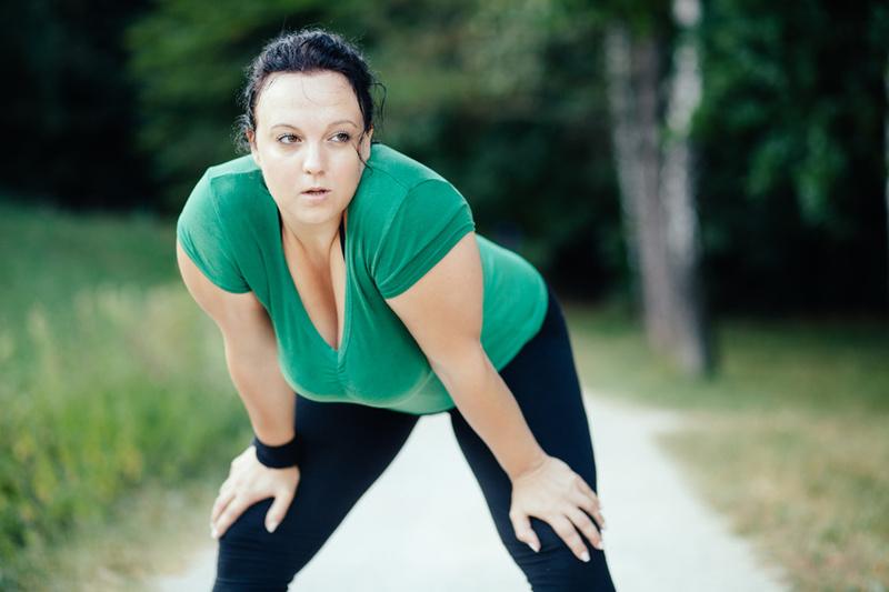 frau joggt pause