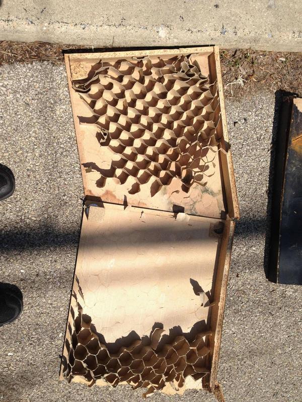 Ikea Hochbett Auseinanderbauen ~ Du wirst nicht glauben, wie Dein Ikea Lack Tisch von innen aussieht!