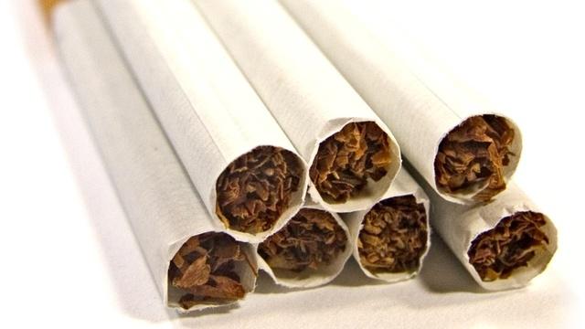 zigaretten auch ohne zusatzstoffe sch dlich. Black Bedroom Furniture Sets. Home Design Ideas