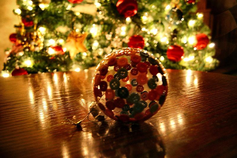 Aus alt mach neu 7 bastelideen f r individuelle for Alte weihnachtsbaumkugeln