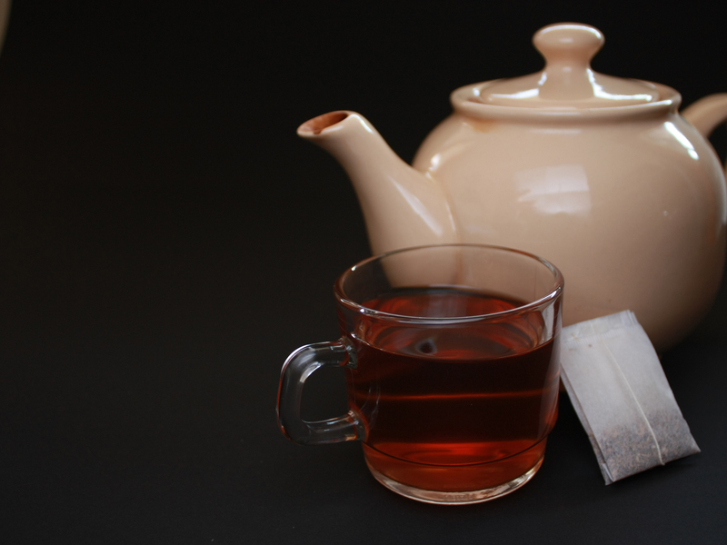 Tasse Tee für glänzendes Haar