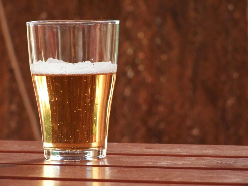 Glas Bier versorgt Dein Haar mit Nährstoffen